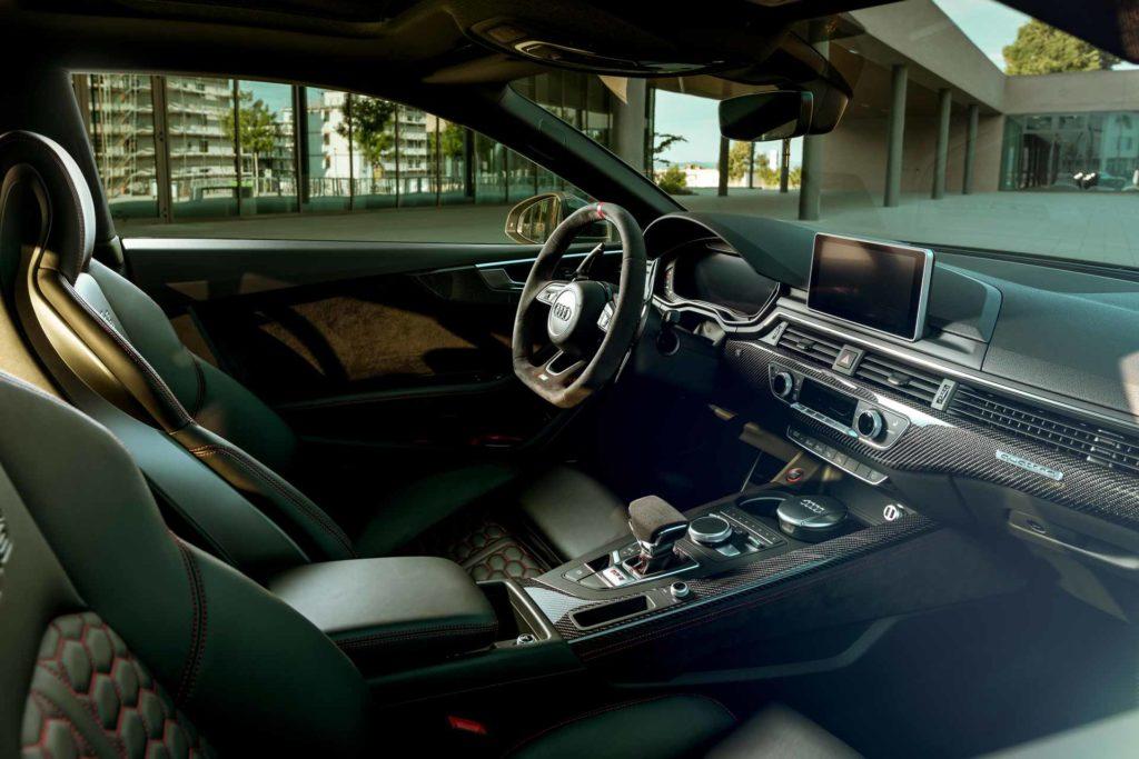 Audi RS5 Innenraum Lenkrad Sitze Regensburg