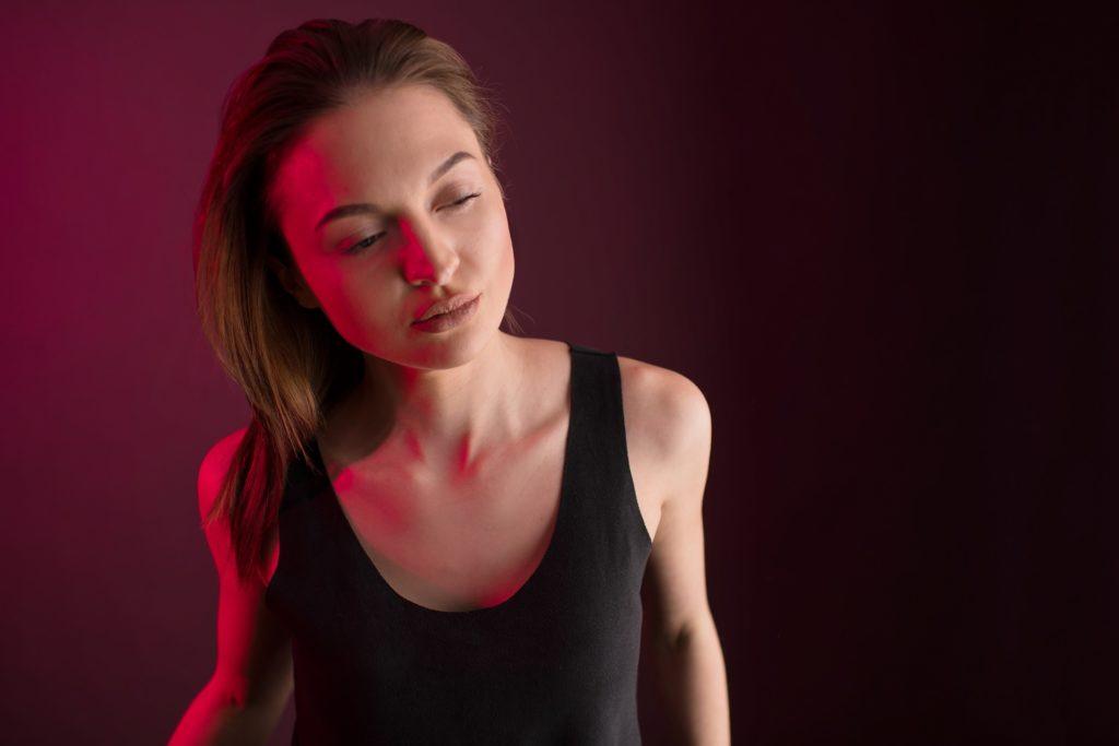 Portrait Frau Rot Model
