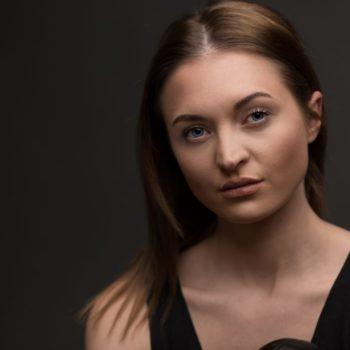 Model_Portrait