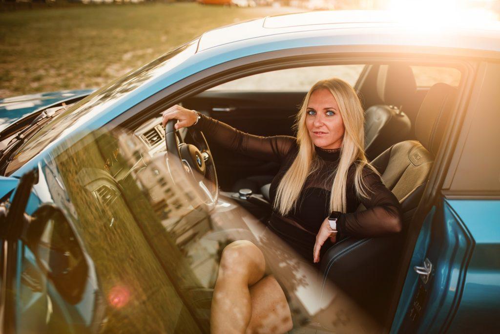 BMW M2 Girl Fotograf