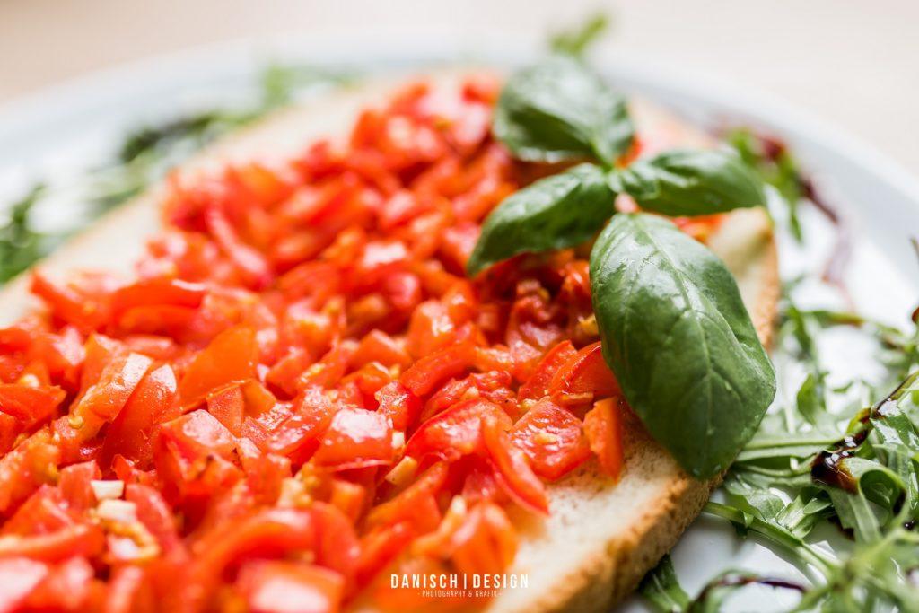 bruschetta Brot Basilikum Salat Thalmassing
