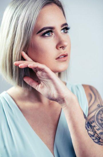 Portrait Frau Blau Fashion Regensburg