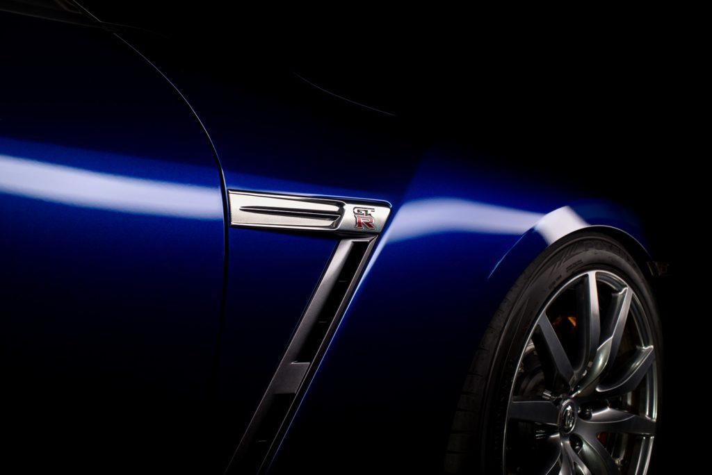 Nissan GTR Blau Schatten Licht Regensburg